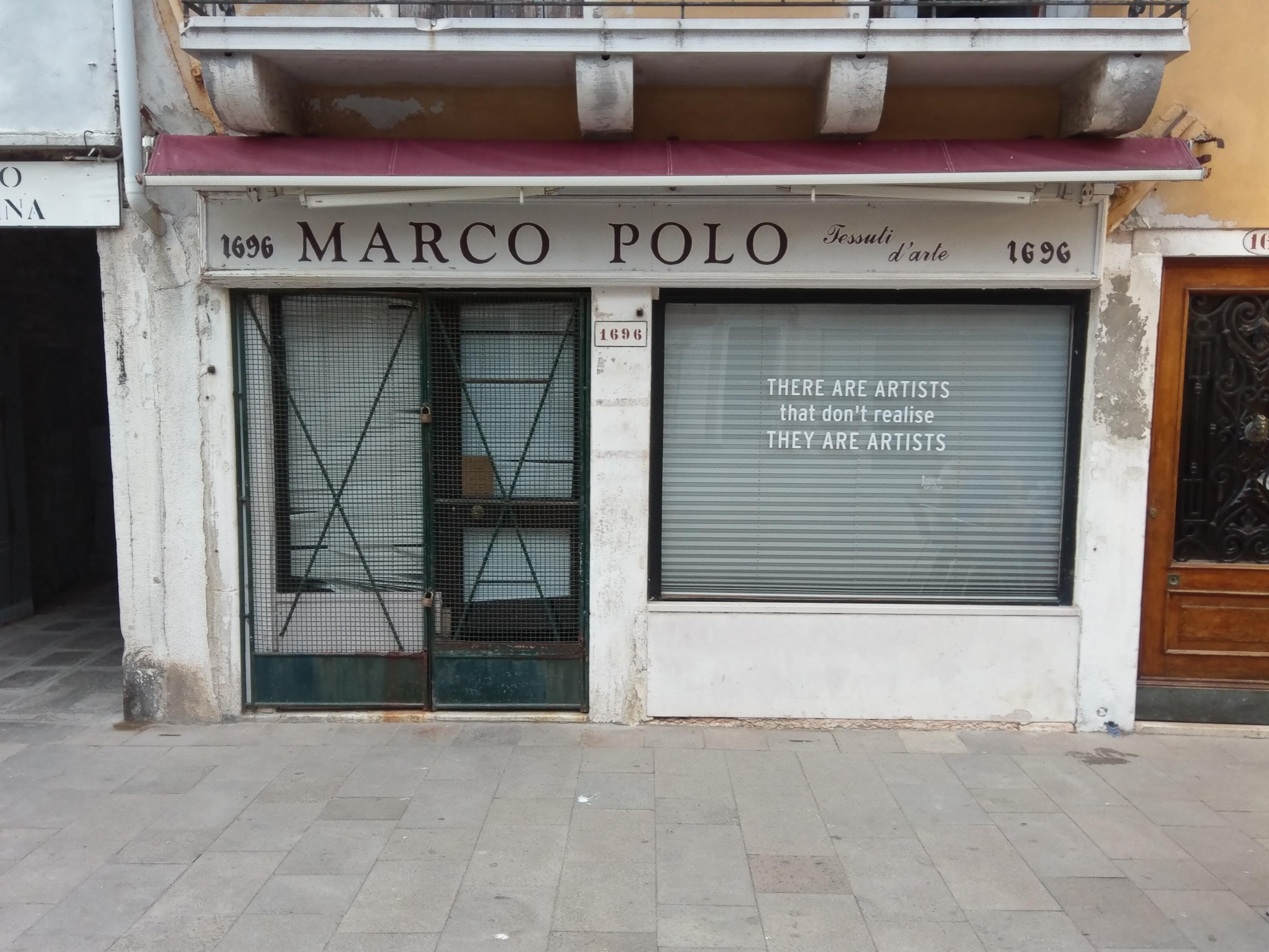Winkeltje aan de Via Guiseppe Garialdi